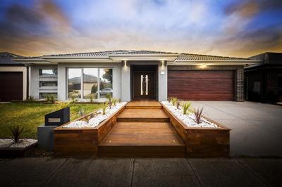 Custom Built Stunning, Modern & Luxurious Smart Home