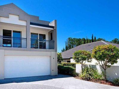 Modern Spacious Townhouse  - $580/wk