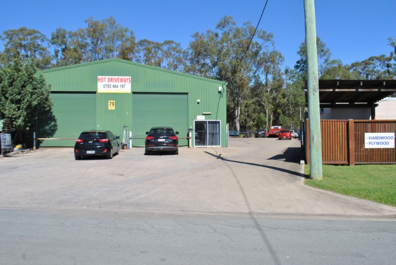 INDUSTRIAL WAREHOUSE WITH DUAL ROLLER DOORS 306M2*