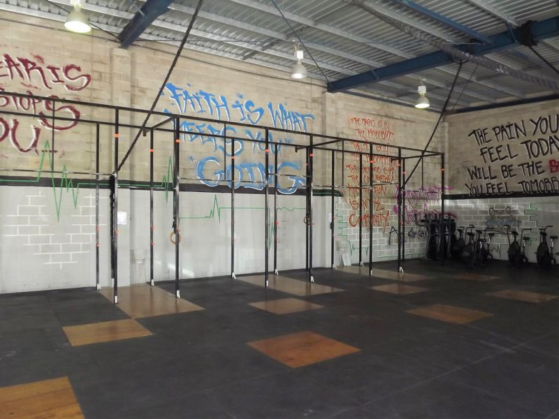 INDUSTRIAL WAREHOUSE IDEAL FOR GYM