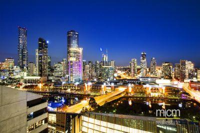 Enjoy Uninterrupted Southbank and Bay Views!