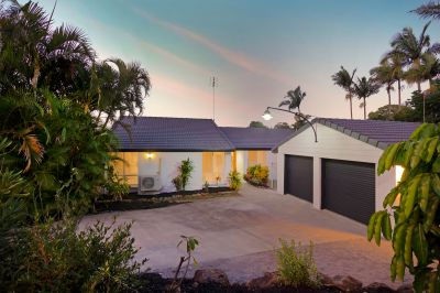 Immaculately Renovated Family Lowset Home