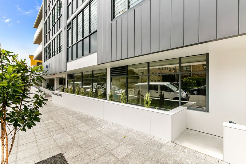 FANTASTIC RETAIL SPACE IN BRAND NEW DEE WHY COMPLEX!