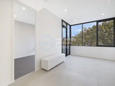 Luxury 1-Bedroom Apartment in 'The Moreton', Bondi
