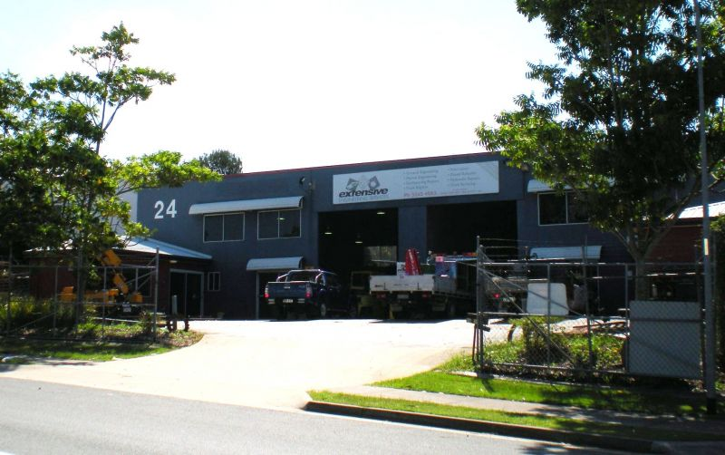 FREESTANDING INDUSTRIAL BUILDING IN CENTRAL CAPALABA