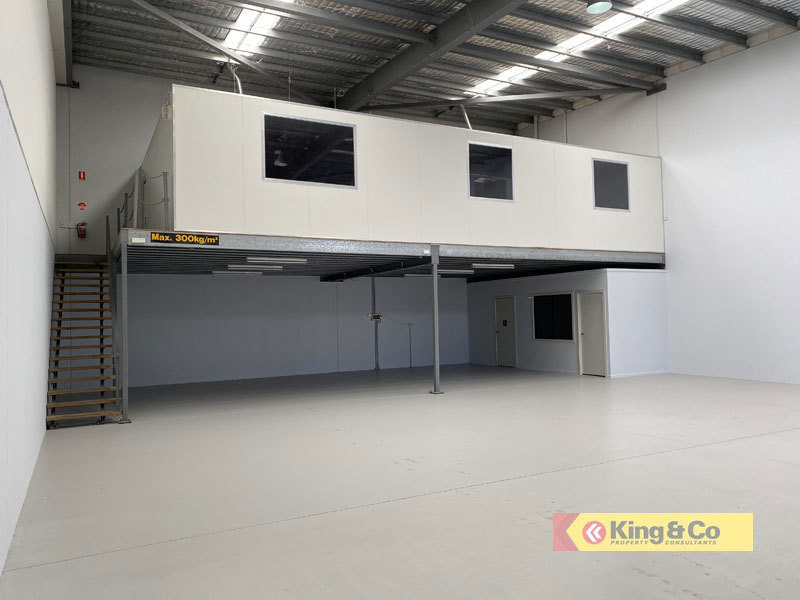 HIGH QUALITY UNIT IN BLUE CHIP PRECINCT