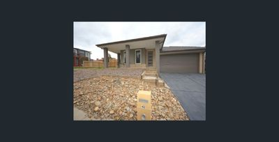 Spacious, Comfortable and Ready to Move In!!
