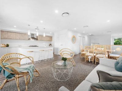 Exclusive Modern Luxurious Entertainer, Elevated position, Inspirational & Convenient in the Indooroopilly State School catchment