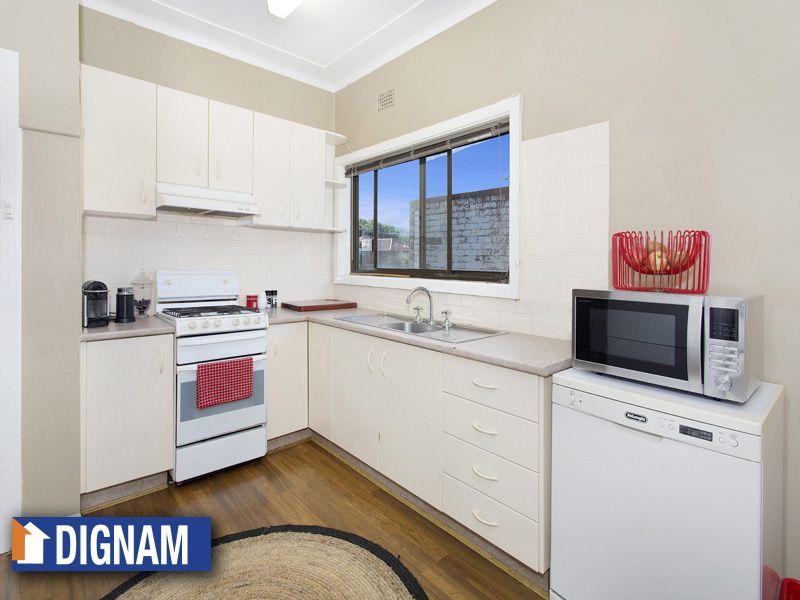 27 Colgong Crescent, Towradgi NSW