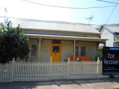 THREE BEDROOM HOUSE IN CENTRAL LOCATION