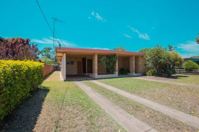 SPACIOUS BRICK HOME WITH MULITPLE LIVING AREAS & 2 BATHROOMS