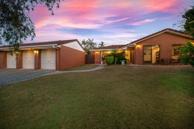 Gold Coast Acreage - 4 Bedroom Home with Pool and Large 4 Bay Garage.