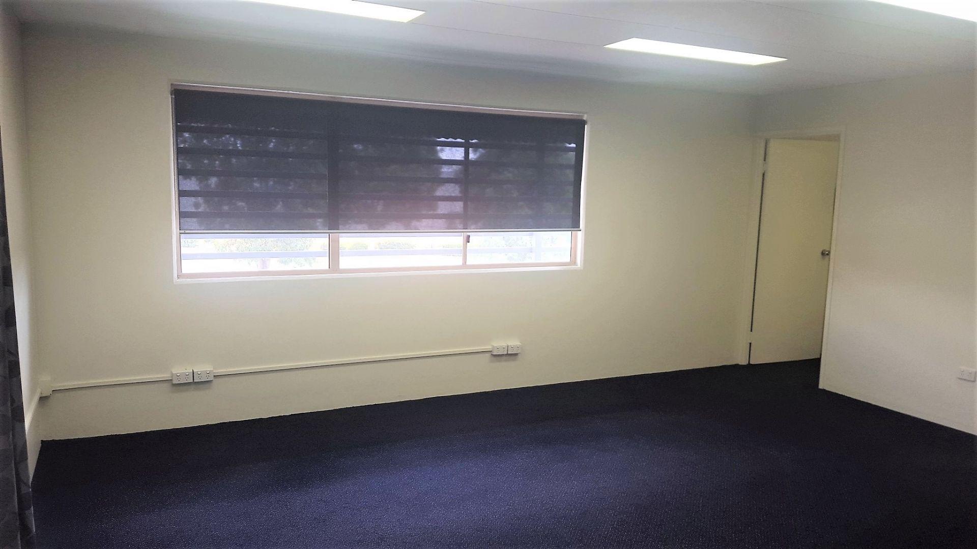 Simply 40m2 Office