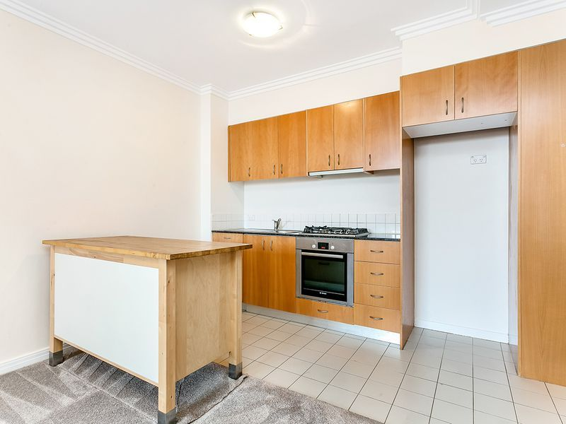13/236 Pacific Highway, Crows Nest