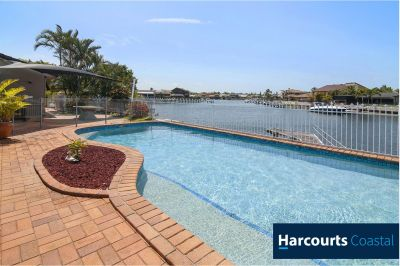 Spacious Waterfront Home with a Pool & Jetty!!!