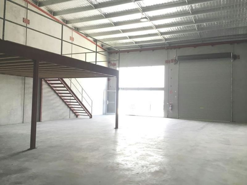 Need Warehouse With Elevated Storage?