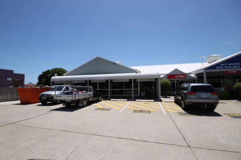 FOR LEASE - HIGH PROFILE RETAIL SHOP/PROFESSIONAL TENANCY
