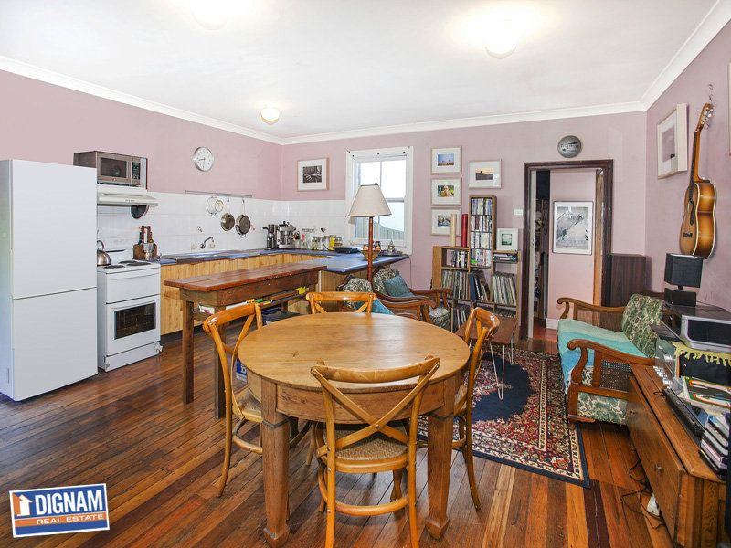 656 Lawrence Hargrave Drive, Coledale NSW