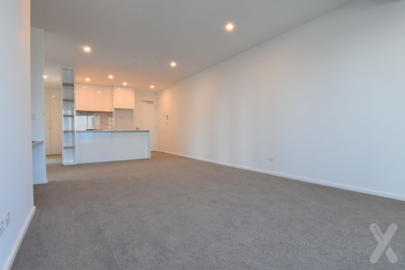 Brand New Huge 3 Bedroom Apartment in Melbourne Grand