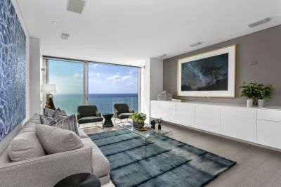 Stunning Oceanfront Clifftop Apartment, Breathtaking Uninterrupted Coastal Panorama