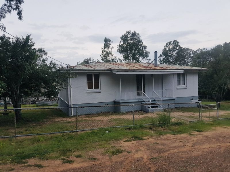 Huge Potential - Recently Rented For $280pwk - Walk To Train