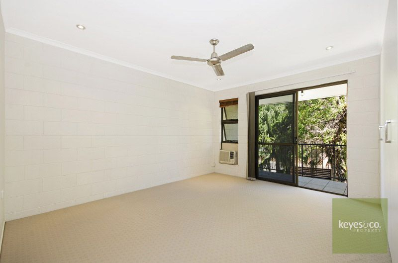 2/47 Warburton Street, North Ward