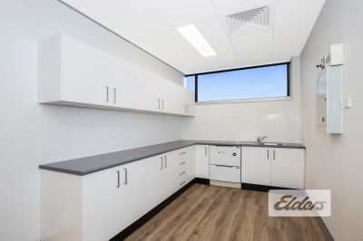 HIGH QUALITY OFFICE OFFICE / MEDICAL OPPORTUNITY IN TARINGA!!
