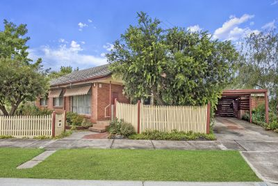 Corner allotment within close proximity to Werribee Train Station
