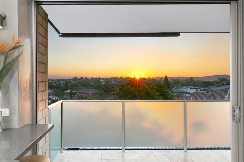 Two Bedroom Sunset Entertainer!