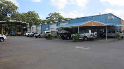 WAREHOUSE, 4 DOORS, CRANE AND OFFICE | CALOUNDRA WEST
