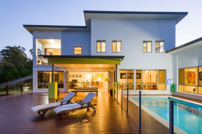 Large Architecturally-Designed Family Home ... Stunning Coastal Views ... Private Bushland Setting