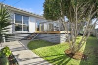 1/2 Sunset Strip Ocean Grove, Vic