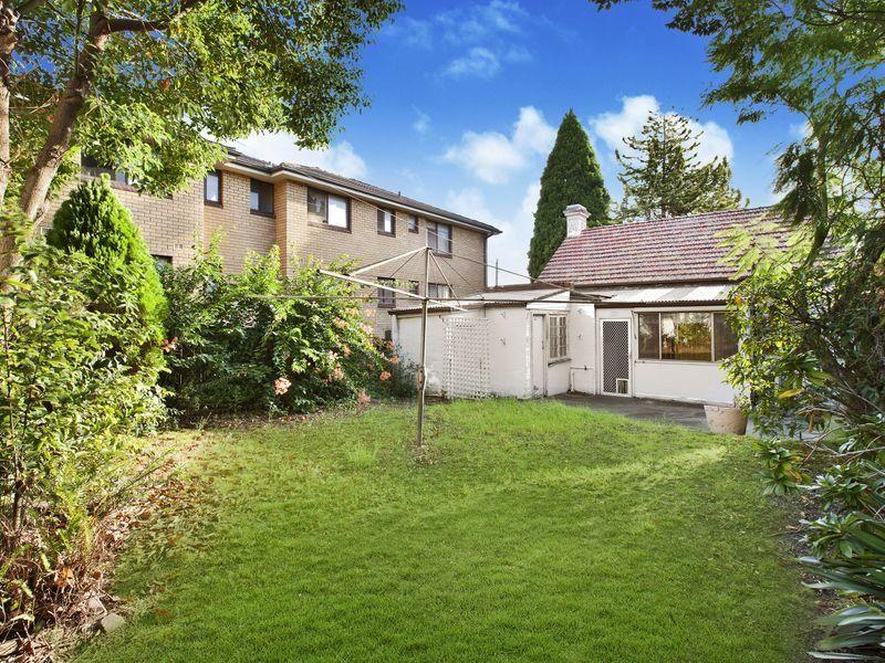 19 Queen Street North Strathfield 2137