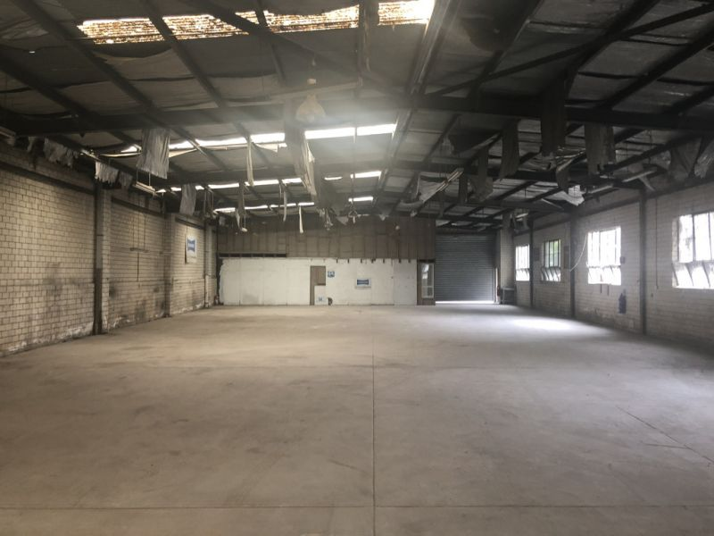 Office / Warehouse with Exposure - $50 PSM/PA NET