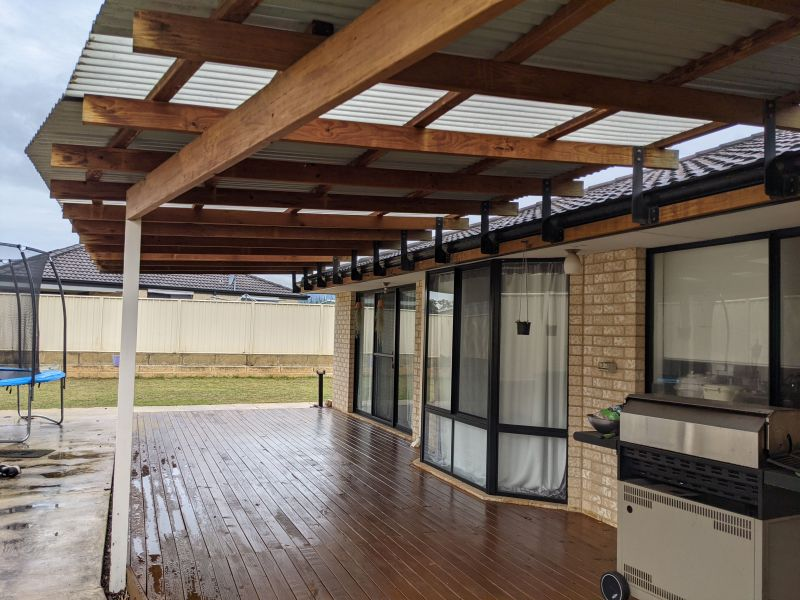 For Sale By Owner: 117 Leschenault Parade, Australind, WA 6233