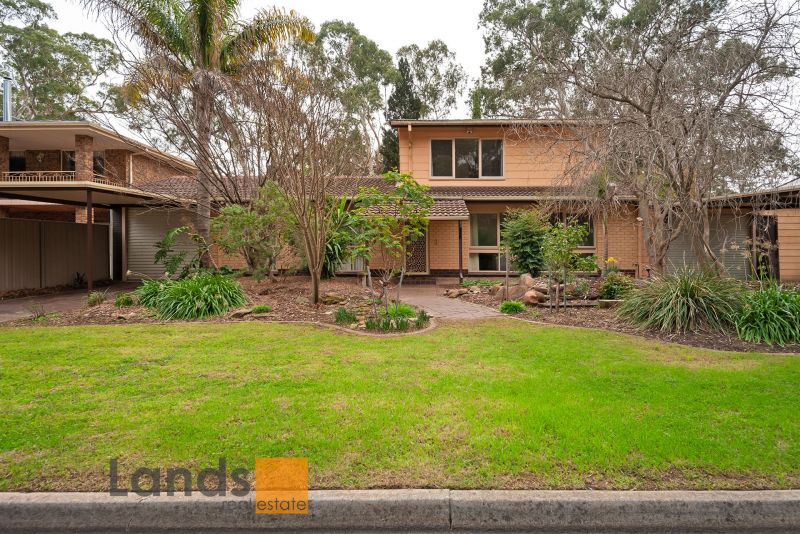 Four Bedroom Family Home Overlooking Creek Setting.