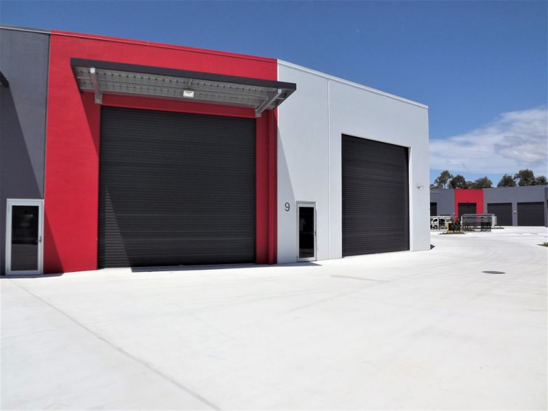 BRAND NEW INDUSTRIAL UNIT 9