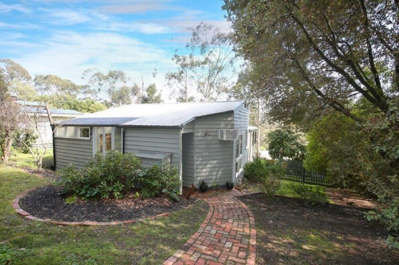 Sold property  Sold Price for 209 Mt Morton Road Belgrave Heights ... 351bb8173