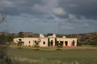 Live an Enterprising Sustainable Lifestyle on the West Australian Coast