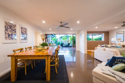 RENOVATED RETREAT- WALK TO BEACH