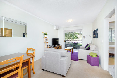 2/1 Evelyn Avenue, Concord