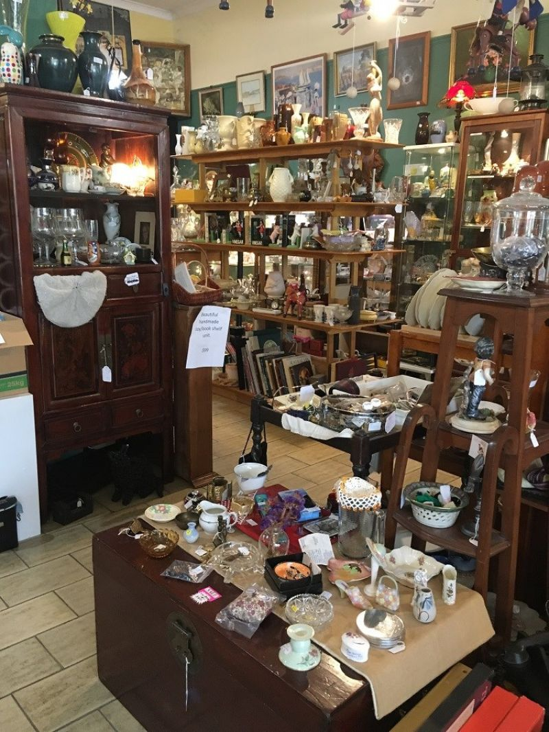 Antique / Vintage / Giftware business for sale.  Established on-line presence.