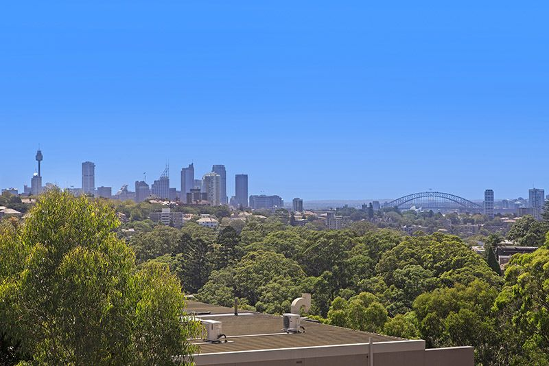 A Peaceful, Private Contemporary Designer Haven In The Heart Of Woollahra