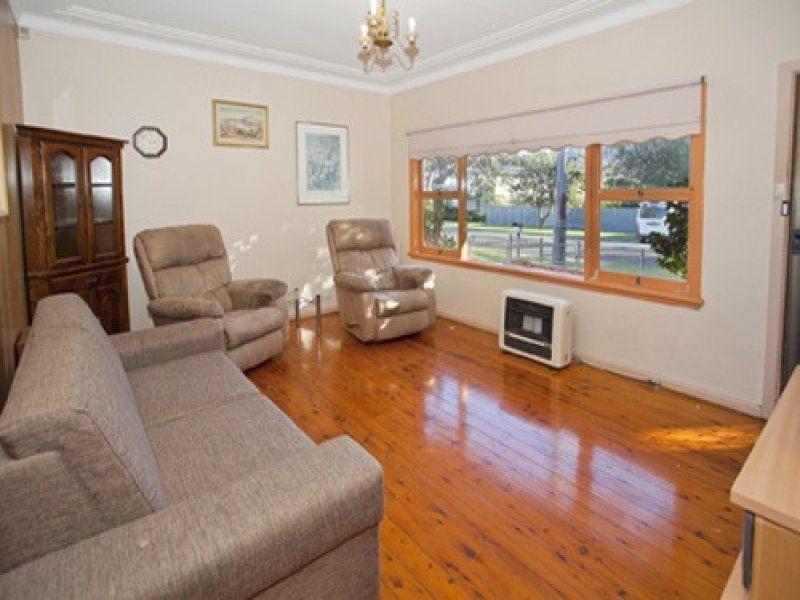 9 Corbett Avenue, Thirroul NSW