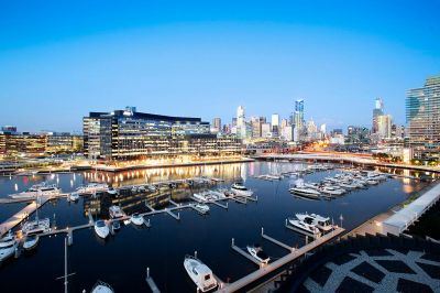 One of the most luxurious two bedroom apartments in Docklands