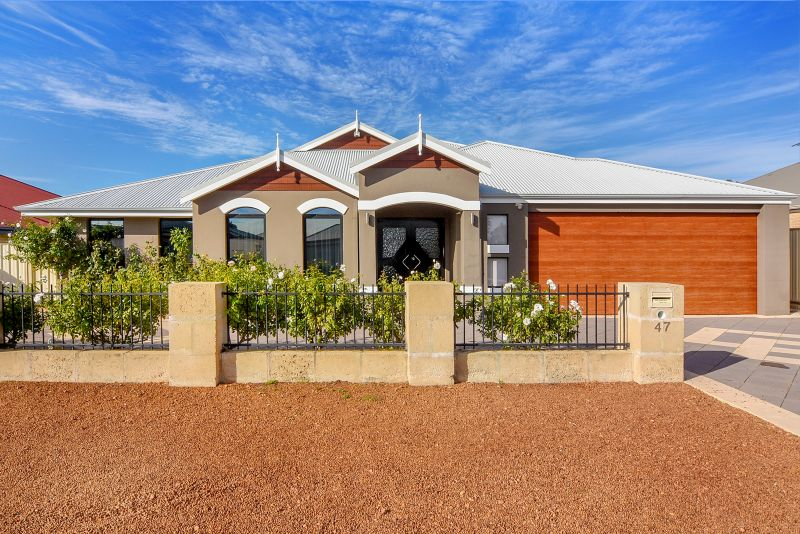 SENSATIONAL FAMILY HOME IN A FABULOUS LOCATION!