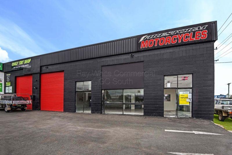 Spacious Showroom / Warehouse