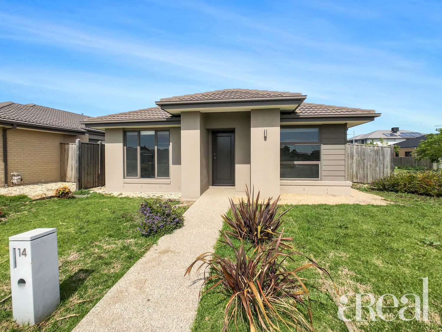 14 Maslin Walk, Point Cook VIC 3030