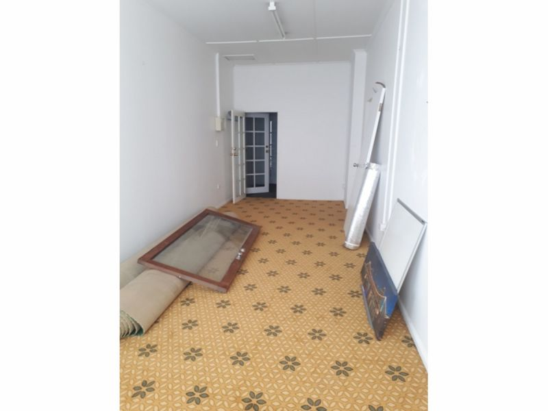 Single Room Office at Cheap rent
