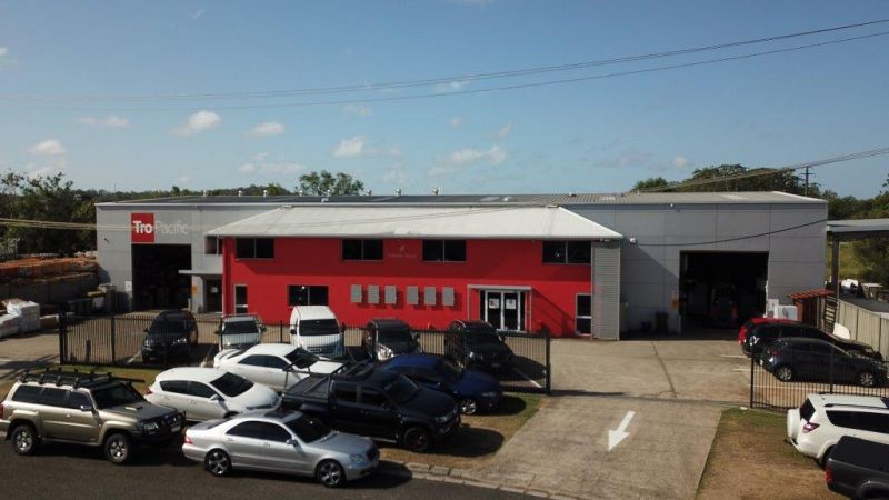 WAREHOUSE/OFFICE/SHOWROOM COMBO FOR SALE | KUNDA PARK